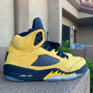 "Air Jordan 5 ""Michigan"""